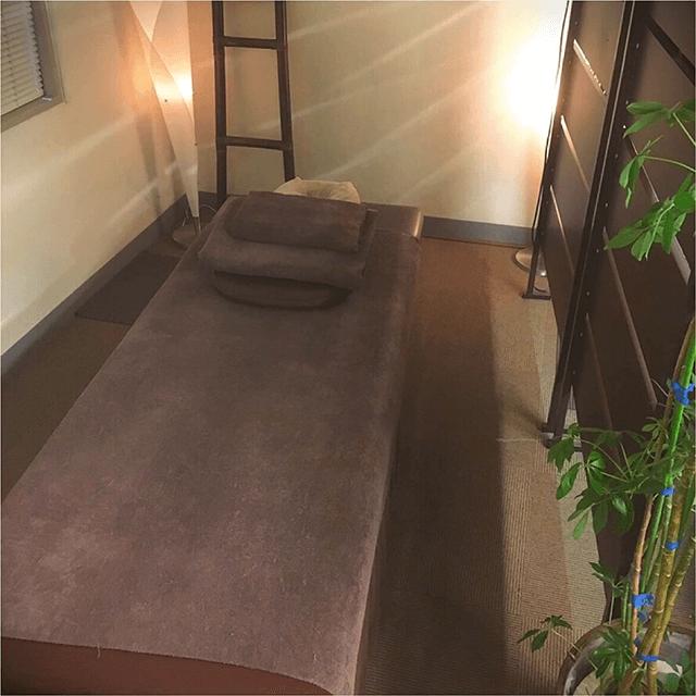 新宿 マッサージ ゆるり新宿店のリラクゼーションマッサージ全身もみほぐしコース